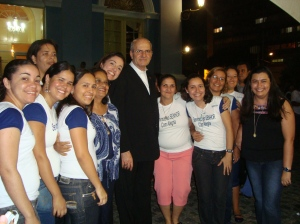 Meninas da Comunidade com Dom Fernando